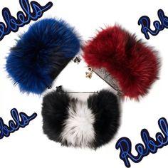 #emmkuo#rebel#babe#girls#accessories#fur#fox#foxfur#luxuryaccessories#fallfashion#baglover#bagoftheday#fuzzy#cute#nycstyle#bloggerstyle#fashiongirl#streetstyle#musthave#redfur#bluefur#goodvibes#girlpower @furinsider