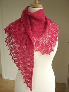 Magrathea  - A lovely knitted shawl pattern from Strickmich on Ravelry...maybe my next project???