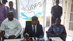 20161128  via @wembi_steve  #RDC UDPS exige le retrait des policiers devant sa permanence