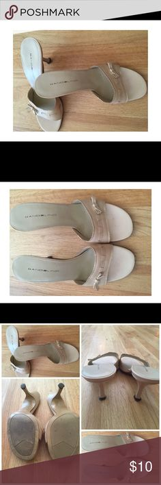 Bandolino light beige sandals with bow accent Adorable Bandolino summer sandals with cute bow accent.  Very gently used, normal wear on heel and toe. Bandolino Shoes Sandals