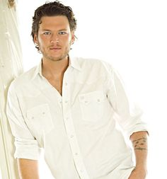 Blake Shelton, one of my favorite rednecks.  I have several.