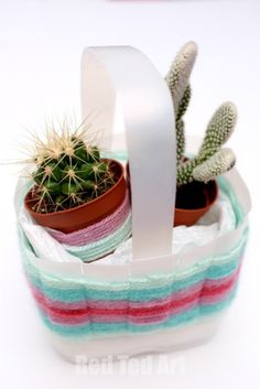 Super easy upcycled woven baskets. Perfect for Easter or Mother's Day - turn a plastic milk or juice carton into a pretty little container.