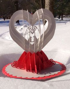 Papercrafts and other fun things: A Valentine Pop-up Card for Someone You Love
