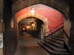 Hampton Court Palace: North Cloister