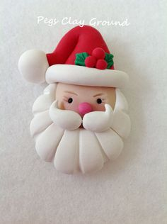 Polymer Clay Santa Pendant Hair Bow Topper by PegsClayGround - Weihnachten - Cake Recipes Polymer Clay Ornaments, Polymer Clay Projects, Polymer Clay Creations, Jumping Clay, Christmas Crafts, Christmas Decorations, Christmas Ornaments, Polymer Clay Christmas, Clay Figurine