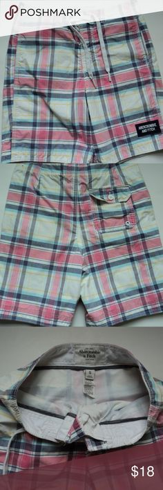 """Abercrombie & Fitch Men's Swim Trunks Small Abercrombie & Fitch Men's Swim Trunks sz Small. Plaid print in 55/45 cotton/poly. White mesh lining.  Gently used condition. 2"""" velcro front closure with tie at waist. Approx 16.5"""" side to side waistband. 7"""" inseam.   Pet free and smoke free home. Abercrombie & Fitch Swim Swim Trunks"""