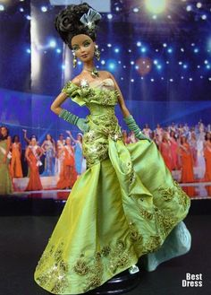 Miss Paraguay (dress Dior)