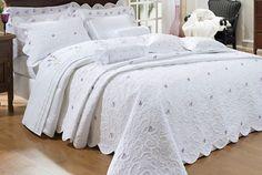Cobre Leito + jogo de cama Lavanda Queen - 11 pçs - Bordado - Ruth Sanches