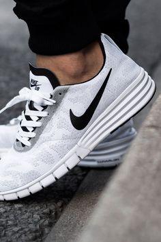 SPORTSWEAR ™®: Sportswear: Nike SB Lunar Paul Rodriguez 9 .