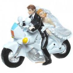 Witzige Tortenfigur für Motorrad Fans Wedding Cakes, My Love, Holiday, Top, Shopping, Ideas, Modern Wedding Favors, Newlyweds, Wedding Cake