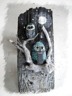 80 Creative DIY Home Decor Ideas with Pebbles and River Rocks That Will Find a Good Use for Y. - 80 Creative DIY Home Decor Ideas with Pebbles and River Rocks That Will Find a Good Use for Your St - Owl Crafts, Diy And Crafts, Arts And Crafts, Art Pierre, Driftwood Crafts, Stone Crafts, Nature Crafts, Pebble Art, Stone Art