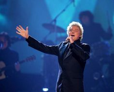 Barry Manilow Today | Barry Manilow headlines BBC Proms in Park