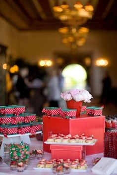 berry baskets with cute red & white plka dot ribbon