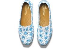 Florals for spring. Groundbreaking. // Blue Anglaise Women's Classics | TOMS