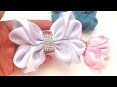 Laço luxo para batizado - Ribbon tie for great occasions Ribbon Art, Ribbon Hair Bows, Diy Hair Bows, Diy Bow, Diy Ribbon, Hair Bow Tutorial, Flower Tutorial, Diy Tutorial, Crochet Amigurumi Free Patterns
