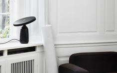 Combo Design is officieel dealer van Norman Copenhagen ✓ Eddy Tafellamp LED makkelijk te bestellen ✓ Gratis verzending (NL) Grey Table Lamps, Italian Marble, Overhead Lighting, Lighting Store, Lamp Bases, Aluminium Alloy, Floor Lamp, Copenhagen, Home Appliances
