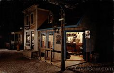 """The """"Streets of Old Milwaukee"""" was one of my favorite exhibits in the Milwaukee Public Museum."""