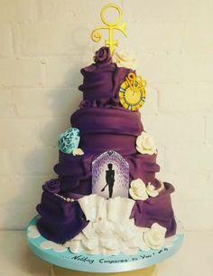 Danielle busted out this amazing Prince cake! Happy Birthday Cake Hd, Birthday Cake Quotes, Birthday Wishes, Prince Cake, Prince Birthday, Prince Purple Rain, Prince Rogers Nelson, Unique Cakes, Purple Reign