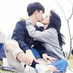 Resultado de imagem para korean couple ulzzang kiss on the forehead Hot Couples, Cute Couples Goals, Couples In Love, Romantic Couples, Couple Goals, Cute Love Couple, Korean Aesthetic, Korean Couple, Ulzzang Couple