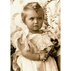 Grand Duchess Maria Nikolaevna of Russia, 1900. _____________ Великая княжна Мария Николаевна, фотография 1900 года.