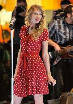 Taylor Swift, with #polkadots.