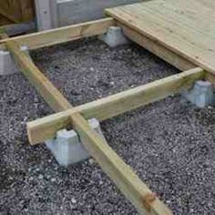how to build a floating deck on dirt Backyard Sheds, Backyard Patio, Backyard Landscaping, Backyard Projects, Wood Projects, Building A Floating Deck, Platform Deck, Terrasse Design, Patio Deck Designs