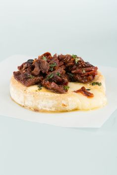 Baked Brie with Sundried Tomatoes and Thyme