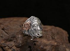 Helheim is governed by the goddess Hel, daughter of Loki, who displays a unique visage: half of her body is of a beautiful woman, while the other half is a decomposing corpse. 