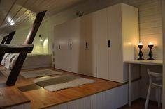 A cosy place to sleep / Kodikas nukkumapaikka Little Houses, Cosy, Divider, Sleep, Homes, Bedroom, Places, Furniture, Home Decor