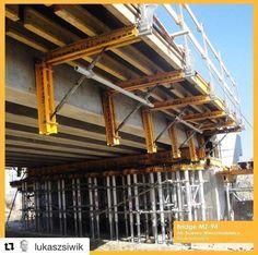 Encofrado durante la construcción de un puente en Polonia. vía Twitter Geotechtips #ingeniería