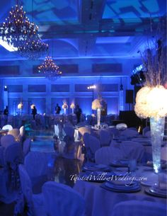 www.twistedwillowweddings.com  winter wonderland wedding