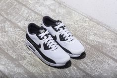 new style 38a12 f6ee2 Nike Air Max 90 Ultra 2 Essential (875695-100) White Black New Arrival