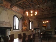 Old Castles in Europe interior pictures | castle interior