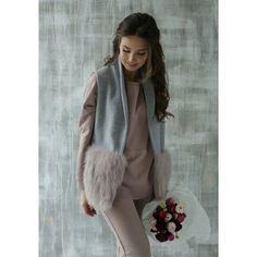 Achers grey sleeveless jacket from cotton fabric and with fur pockets #achers#grey#cotton#jacket#fur#pockets#sleevless#greyjacket#cottonjacket#sleevlessjacket#furpockets