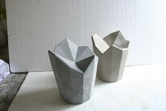 "lesystemedes-objets: "" "" Xavier Mañosa, Apparatu's designer "" "" Concrete Tools, Concrete Cement, Concrete Furniture, Concrete Planters, Concrete Projects, Furniture Design, Outdoor Furniture, Cement Design, Ceramic Stool"