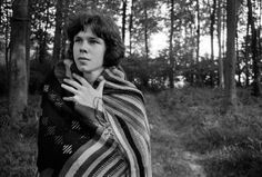 Wonderful unearthed pic of folk's lost boy – from new Drake tome, Remembered For A While. / Nick Drake by Julian Lloyd Nick Drake River Man, Top 5 Songs, Drake Photos, Mundo Musical, Peel Sessions, Famous Movie Quotes, Music Images, Drake Lyrics, Latest Music