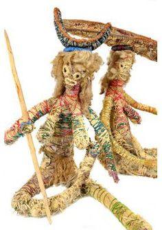 Tjanpi Desert Weavers, Australia Aboriginal Art, Outsider Art, Tribal Art, Beautiful Patterns, Basket Weaving, Art Dolls, Folk Art, Deserts, Arts And Crafts