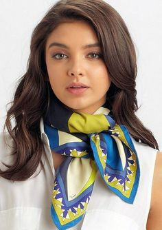 Not Hermes but love the way it is tied. Emilio Pucci Fantasia Silk Twill Scarf in Multicolor (blue) Ways To Wear A Scarf, How To Wear Scarves, Silk Neck Scarf, Scarf Knots, Scarf Top, Neck Scarves, Scarf Styles, Pulls, Womens Scarves