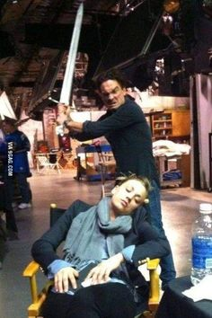 Kaley Cuoco fell asleep on set.