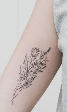 50 Small and Delicate Flower Tattoo Information & Ideas - Brighter Craft - 50 k . - 50 Small and Delicate Flower Tattoo Information & Ideas – Brighter Craft – 50 Small and Delicat - Piercings, Piercing Tattoo, Form Tattoo, Shape Tattoo, Get A Tattoo, Tattoo Wings, Tiny Tattoo, Unique Tattoos, Beautiful Tattoos