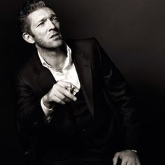 Rediff: Quinta Oh Yeah! Vincent Cassel, People Photography, Portrait Photography, Foreign Movies, Actor Studio, Men Photoshoot, Picture Albums, Youtubers, Its A Mans World