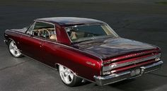 Is this a 1964 Chevelle Malibu? 1964 Chevelle, Chevrolet Chevelle, Chevy Classic, Classic Cars, Good Looking Cars, Old School Cars, Chevrolet Malibu, Sweet Cars, Car Engine