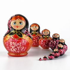 """link to all available """"short and chubby"""" pot-bellied nesting dolls at The Russian Store"""