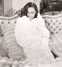 Paulette Goddard cosy