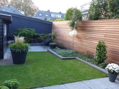 Garden Wall Designs, Back Garden Design, Urban Garden Design, Small Backyard Design, Backyard Patio Designs, Small Backyard Landscaping, Backyard Fences, Garden Fencing, Fence Design