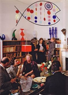 Cocktail party at Peggy Guggenheim& Venice, early Fuck Don Draper, I wanna hang with Peggy and her Crew. Peggy Guggenheim, Alexander Calder, Retro Home, Heart Art, Artist At Work, Betta, Modern Art, Glass Art, Sculptures