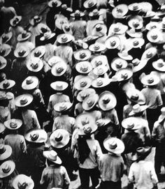 027_-tina-modotti-marcia-dei-campesinos-messico-1928.jpg