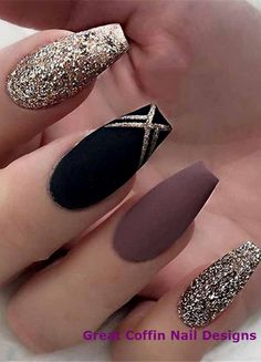 25 Most Impressive Ombre Black Long Acrylic Coffin Nails : Create Your Best Impr Nageldesign Fall Acrylic Nails, Acrylic Nail Art, Acrylic Nail Designs, Acrylic Box, Coffin Nail Designs, Simple Nail Art Designs, Black Nail Art, Matte Black, Gold Nail Art