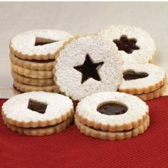How to make Linzer Sandwich Cookies.