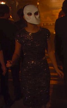 I wish there were better HQ shots of this, but it's lovely. Blair Waldorf Outfits, Blair Waldorf Style, Gossip Girl Dresses, Gossip Girl Fashion, Queen B, Girl Style, Style Guides, Envy, Bass